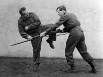 Moshé Feldenkrais teaching self-defense