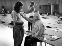 Anat Baniel learns with Moshé  Feldenkrais