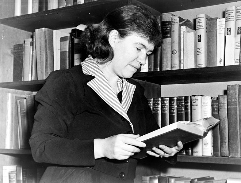 margaret mead theorist response Margaret mead and ruth benedict are considered to be the two most influential and famous anthropologists of their time [ citation needed ] one of the reasons mead and benedict got along well was because they both shared a passion for their work and they each felt a sense of pride at being a successful working woman during a time when this was .
